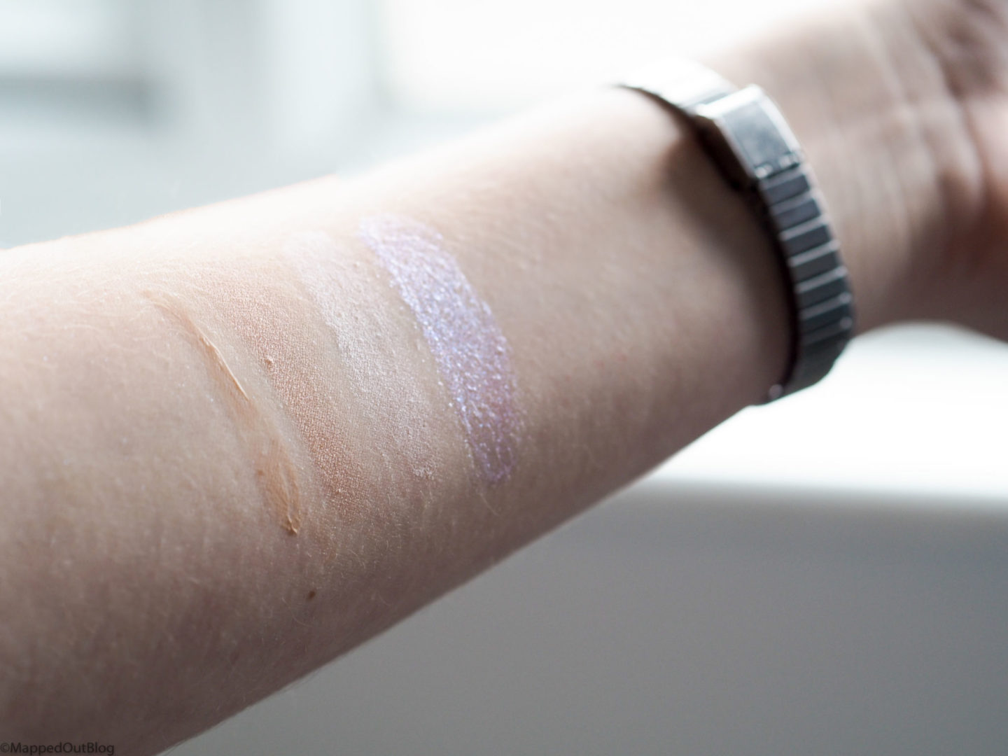 Glowy Product Swatches